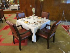 氷川丸-一等食堂の食卓の風景(1)