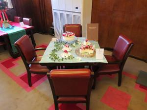 氷川丸-一等食堂の食卓の風景(3)