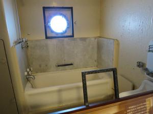 氷川丸-一等特別室(2) 浴室
