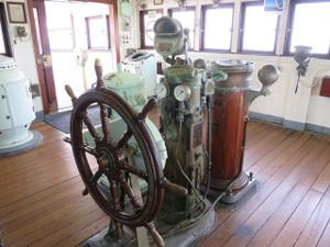 氷川丸-舵輪